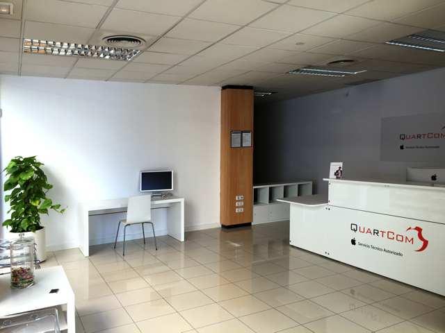 Interior Tienda Quartcom Murcia