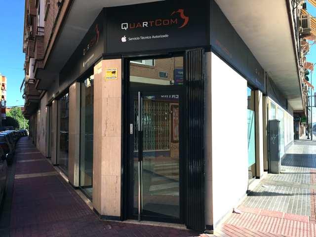 Fachada Tienda Quartcom Murcia